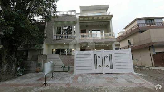 جی ۔ 9/4 جی ۔ 9 اسلام آباد میں 5 کمروں کا 7 مرلہ مکان 3.75 کروڑ میں برائے فروخت۔