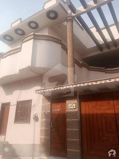 سَچل کالونی لاڑکانہ میں 6 کمروں کا 8 مرلہ مکان 1.7 کروڑ میں برائے فروخت۔