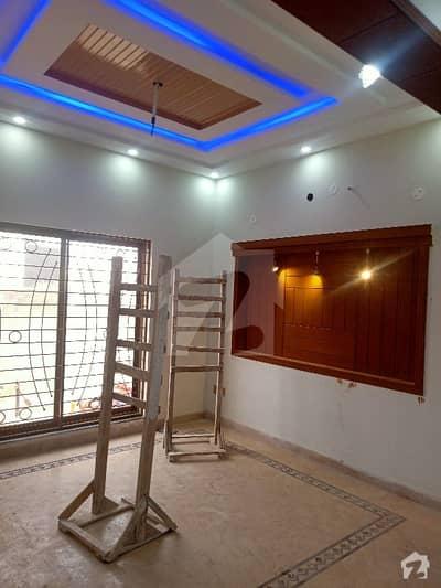 بحریہ ٹاؤن سیکٹر ای بحریہ ٹاؤن لاہور میں 3 کمروں کا 5 مرلہ مکان 50 ہزار میں کرایہ پر دستیاب ہے۔
