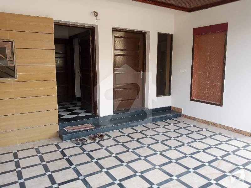 ای ۔ 11 اسلام آباد میں 7 کمروں کا 1 کنال مکان 6.5 کروڑ میں برائے فروخت۔