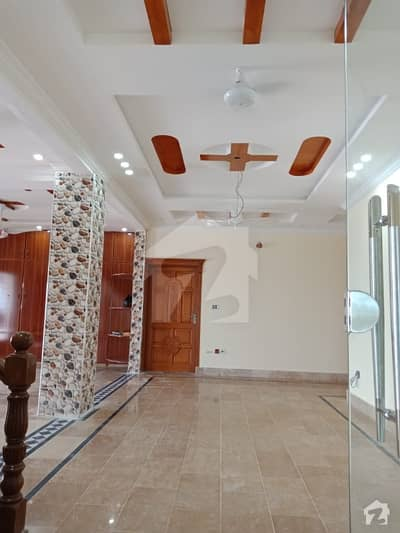 Bani Gala 3 Kanal Farm House For Rent Near Aq Khan Road