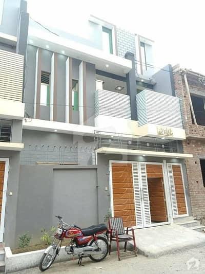 ارباب سبز علی خان ٹاؤن ایگزیکٹو لاجز ارباب سبز علی خان ٹاؤن ورسک روڈ پشاور میں 5 کمروں کا 4 مرلہ مکان 40 ہزار میں کرایہ پر دستیاب ہے۔