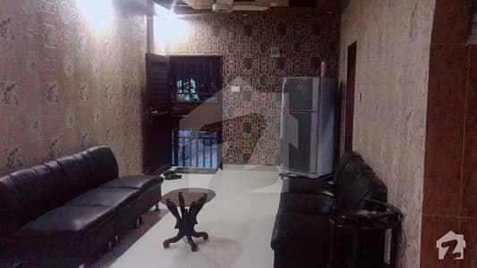گارڈن ایسٹ جمشید ٹاؤن کراچی میں 4 کمروں کا 1 کنال پینٹ ہاؤس 2.7 کروڑ میں برائے فروخت۔