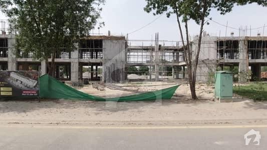 ایس کیو 99 مال بحریہ ٹاؤن مین بلیوارڈ بحریہ ٹاؤن لاہور میں 5 مرلہ دکان 50 لاکھ میں برائے فروخت۔