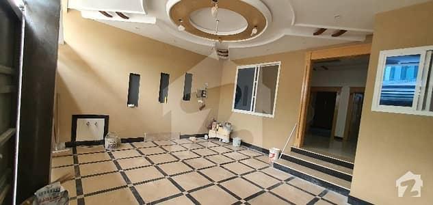 حیات آباد فیز 1 - ڈی3 حیات آباد فیز 1 حیات آباد پشاور میں 8 کمروں کا 5 مرلہ مکان 3.2 کروڑ میں برائے فروخت۔
