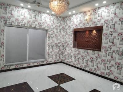 پیراڈائیز ویلی فیصل آباد میں 6 کمروں کا 2.25 کنال مکان 15 کروڑ میں برائے فروخت۔