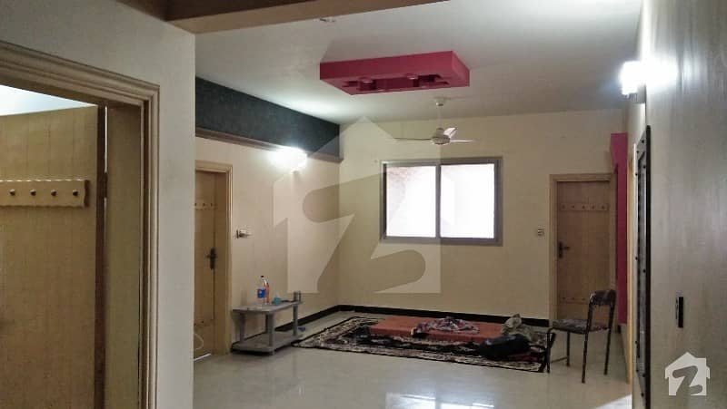 Luxury Flat And Best Opportunity For Living In Latifabad Unit 7
