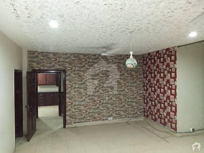 ورسک روڈ پشاور میں 4 کمروں کا 7 مرلہ فلیٹ 1.2 کروڑ میں برائے فروخت۔