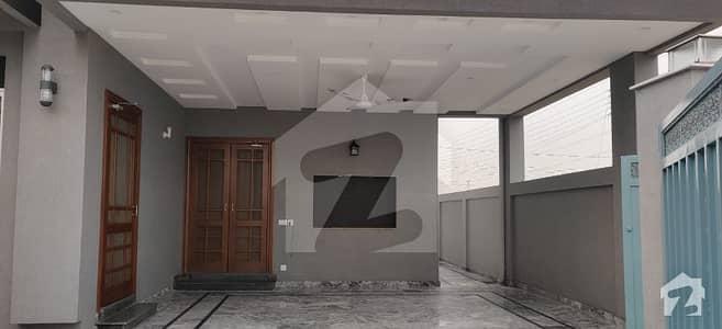 آئی ای پی انجنیئرز ٹاؤن ۔ بلاک سی 2 آئی ای پی انجنیئرز ٹاؤن ۔ سیکٹر اے آئی ای پی انجینئرز ٹاؤن لاہور میں 2 کمروں کا 10 مرلہ مکان 1.85 کروڑ میں برائے فروخت۔