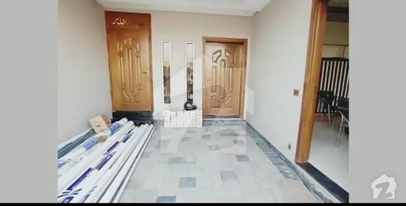 داؤد ریذیڈنسی ہاؤسنگ سکیم ڈیفینس روڈ لاہور میں 4 کمروں کا 5 مرلہ مکان 1.1 کروڑ میں برائے فروخت۔