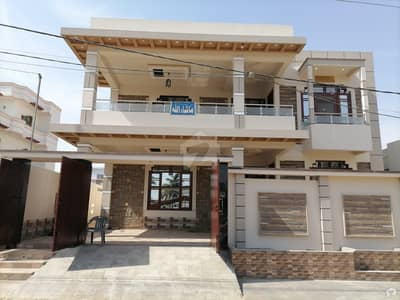 400 Square Yards House Is Available For Sale