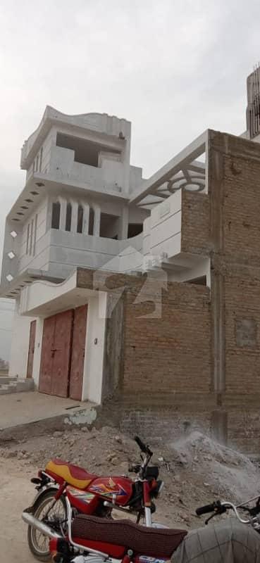 سَچل کالونی لاڑکانہ میں 7 کمروں کا 9 مرلہ مکان 2 کروڑ میں برائے فروخت۔