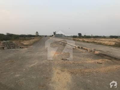 ڈی ایچ اے فیز9 پریزم - بلاک ایف ڈی ایچ اے فیز9 پریزم ڈی ایچ اے ڈیفینس لاہور میں 1 کنال رہائشی پلاٹ 2.24 کروڑ میں برائے فروخت۔