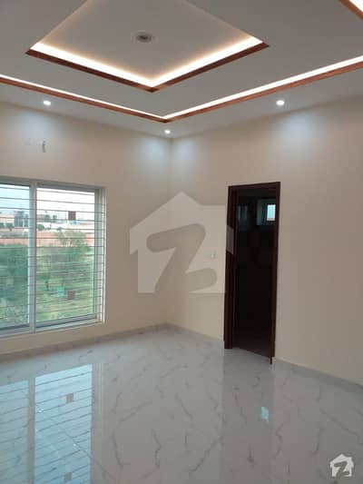 واپڈا ٹاؤن فیز 1 - بلاک جے2 واپڈا ٹاؤن فیز 1 واپڈا ٹاؤن لاہور میں 2 کمروں کا 11 مرلہ مکان 1.85 کروڑ میں برائے فروخت۔