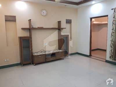 واپڈا ٹاؤن فیز 1 - بلاک ای1 واپڈا ٹاؤن فیز 1 واپڈا ٹاؤن لاہور میں 6 کمروں کا 1 کنال مکان 3.7 کروڑ میں برائے فروخت۔