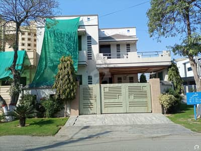 House For Sale In DC Colony Gujranwala