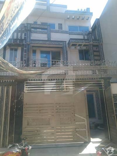 شادباغ لاہور میں 5 کمروں کا 7 مرلہ مکان 2.5 کروڑ میں برائے فروخت۔