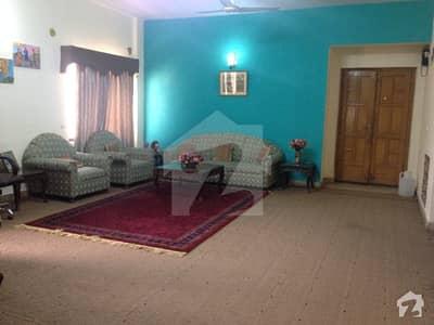 جی ۔ 15/4 جی ۔ 15 اسلام آباد میں 3 کمروں کا 11 مرلہ فلیٹ 1.2 کروڑ میں برائے فروخت۔