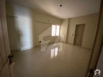 Ideally Located Flat For Sale In Tariq Road Available