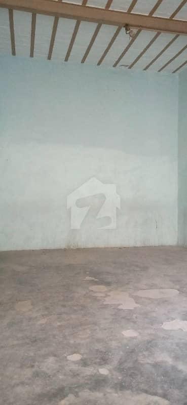 فرید ٹاؤن ساہیوال میں 4 کمروں کا 7 مرلہ بالائی پورشن 17 ہزار میں کرایہ پر دستیاب ہے۔