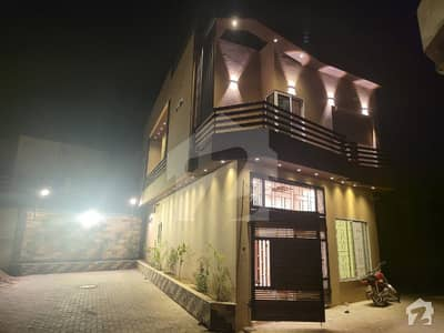 ائیرپورٹ روڈ لاہور میں 3 کمروں کا 4 مرلہ مکان 1.3 کروڑ میں برائے فروخت۔