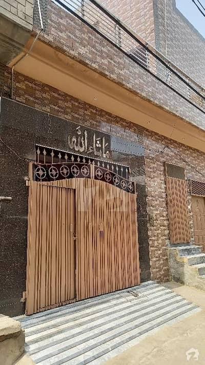 گلشنِ مدینہ فیصل آباد میں 7 کمروں کا 5 مرلہ مکان 1.25 کروڑ میں برائے فروخت۔