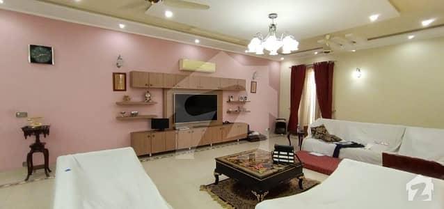 سوئی گیس ہاؤسنگ سوسائٹی لاہور میں 3 کمروں کا 2 کنال زیریں پورشن 1.6 لاکھ میں کرایہ پر دستیاب ہے۔