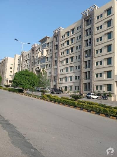 رانیا ہائٹس زراج ہاؤسنگ سکیم اسلام آباد میں 1 کمرے کا 2 مرلہ فلیٹ 42 لاکھ میں برائے فروخت۔