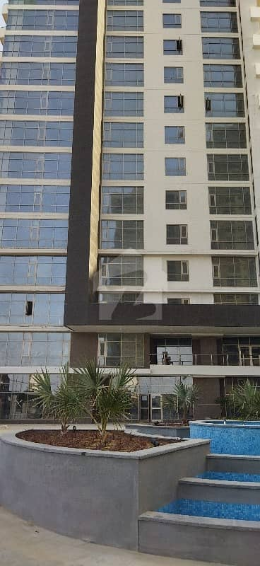 عمار ریف ٹاورز امارکریسنٹ بے ڈی ایچ اے فیز 8 ڈی ایچ اے کراچی میں 2 کمروں کا 9 مرلہ فلیٹ 1.25 لاکھ میں کرایہ پر دستیاب ہے۔
