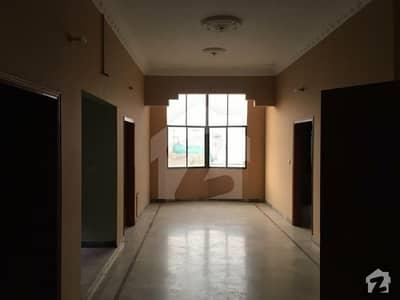 محمودآباد نمبر 1 محمود آباد کراچی میں 3 کمروں کا 5 مرلہ بالائی پورشن 35 ہزار میں کرایہ پر دستیاب ہے۔