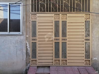 سمیع ٹاؤن لاہور میں 3 کمروں کا 3 مرلہ مکان 25 ہزار میں کرایہ پر دستیاب ہے۔