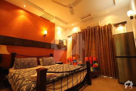 ڈی ایچ اے فیز 5 - بلاک ایل فیز 5 ڈیفنس (ڈی ایچ اے) لاہور میں 1 کمرے کا 10 مرلہ کمرہ 31 ہزار میں کرایہ پر دستیاب ہے۔