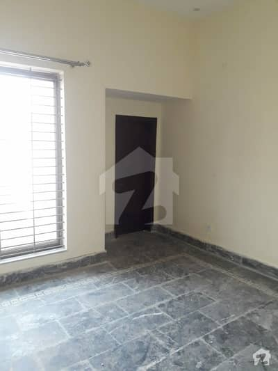 1 Kanal Upper Portion On Hot Location Available For Rent In Tip 2 Khayaban-e-Amin  Lahore