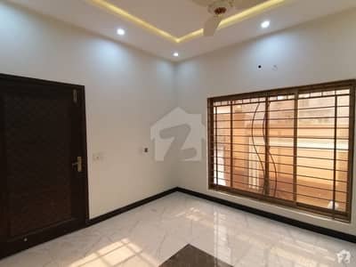 1 Kanal House In Sukh Chayn Gardens For Sale