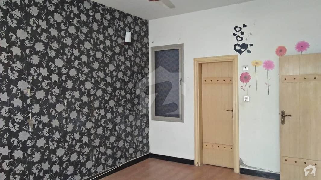 Golden Opportunity For Living At Unit # 7 Block D Latifabad Hyderabad