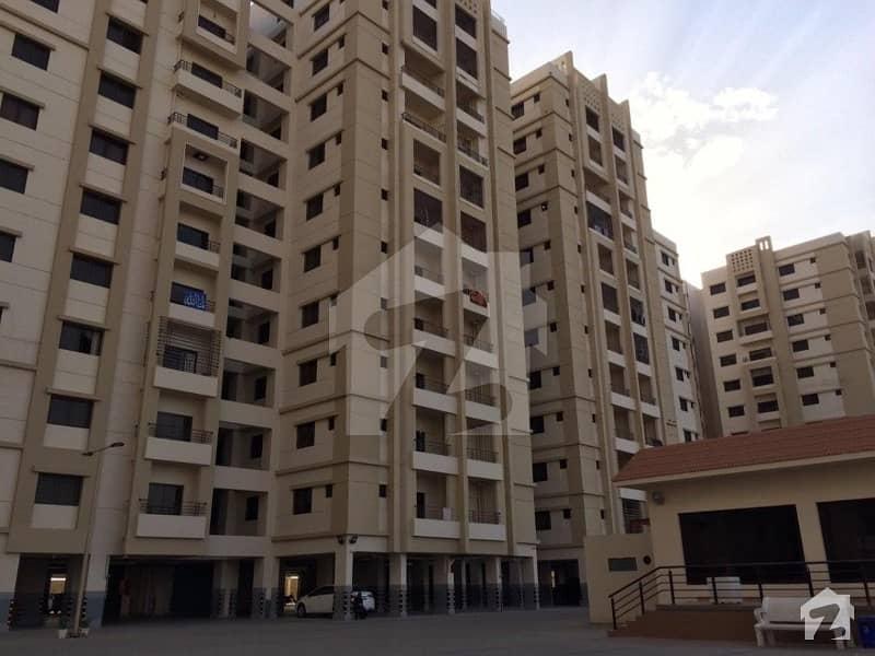 جناح ایونیو کراچی میں 2 کمروں کا 6 مرلہ فلیٹ 1.65 کروڑ میں برائے فروخت۔