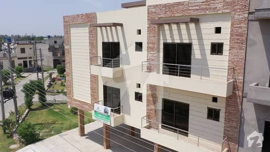 Flat For Sale In Green Apartments