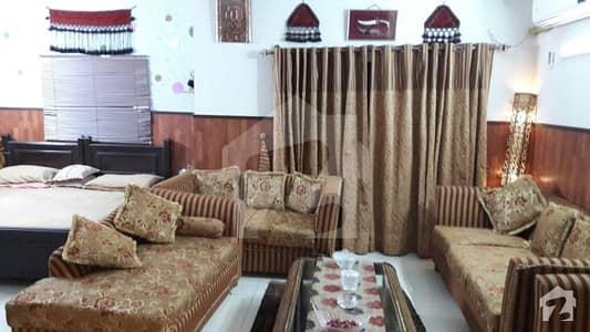 رحمان گارڈنز لاہور میں 3 کمروں کا 10 مرلہ فلیٹ 1 کروڑ میں برائے فروخت۔