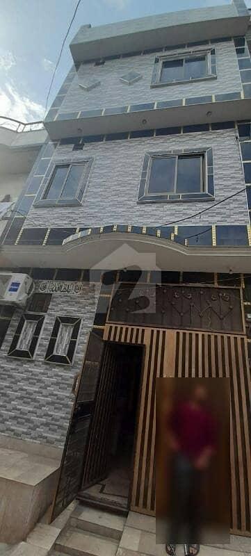 شادباغ لاہور میں 5 کمروں کا 3 مرلہ مکان 1.35 کروڑ میں برائے فروخت۔