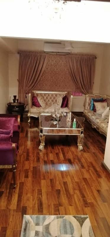 ہل پارک کراچی میں 5 کمروں کا 1.68 کنال مکان 19 کروڑ میں برائے فروخت۔