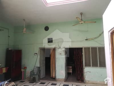 اسلام نگر سوِل لائنز فیصل آباد میں 4 کمروں کا 4 مرلہ مکان 78 لاکھ میں برائے فروخت۔