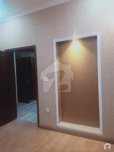 شاہ جمال لاہور میں 2 کمروں کا 4 مرلہ فلیٹ 35 ہزار میں کرایہ پر دستیاب ہے۔