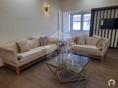 Fully Furnished Luxuries Apartment For Rent