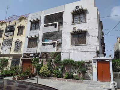 کراچی ایڈمنسٹریشن ایمپلائیز سوسائٹی جمشید ٹاؤن کراچی میں 4 کمروں کا 10 مرلہ بالائی پورشن 85 ہزار میں کرایہ پر دستیاب ہے۔