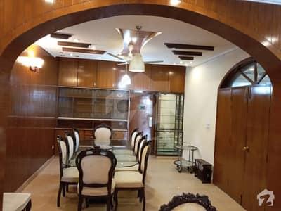 ایف ۔ 10/4 ایف ۔ 10 اسلام آباد میں 5 کمروں کا 1.02 کنال مکان 9.5 کروڑ میں برائے فروخت۔