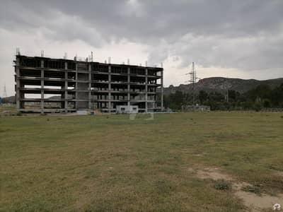 بی ۔ 17 اسلام آباد میں 1 کمرے کا 3 مرلہ فلیٹ 48.37 لاکھ میں برائے فروخت۔