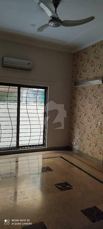 سوئی گیس سوسائٹی فیز 1 سوئی گیس ہاؤسنگ سوسائٹی لاہور میں 4 کمروں کا 1 کنال مکان 1.6 لاکھ میں کرایہ پر دستیاب ہے۔