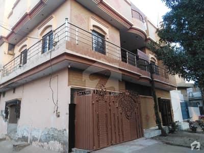 سیف آباد فیصل آباد میں 5 مرلہ مکان 1.25 کروڑ میں برائے فروخت۔