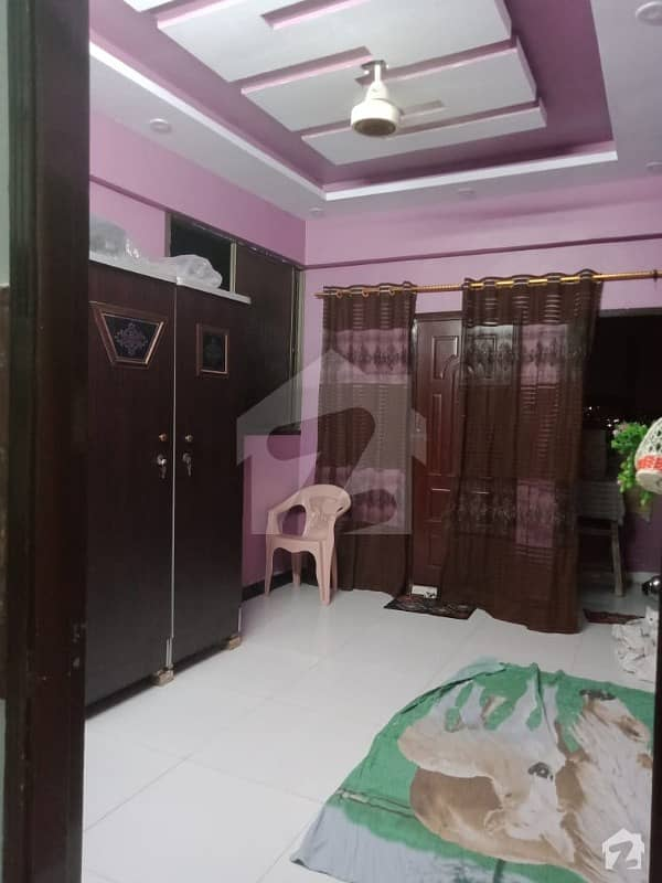 700  Square Feet Flat In Lyari Town For Sale
