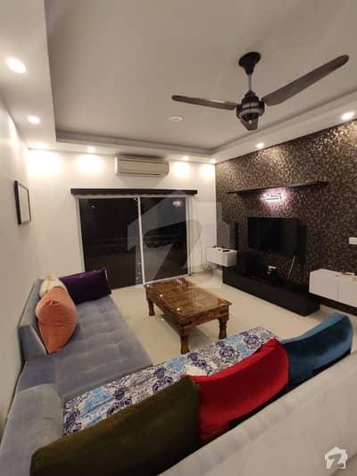 ڈپلومیٹک انکلیو اسلام آباد میں 2 کمروں کا 7 مرلہ فلیٹ 4.2 کروڑ میں برائے فروخت۔